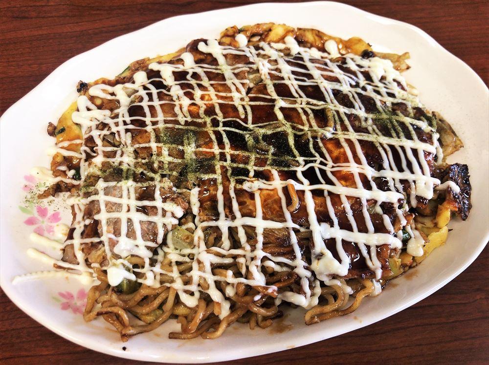 お好み焼き・餃子ちょっくらもへじのモダン焼(大盛)