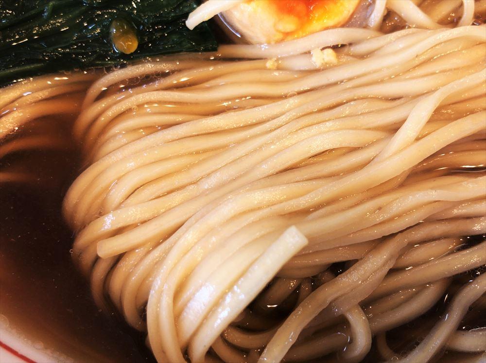 ほっこり中華そば もつけ「中華そば」の麺