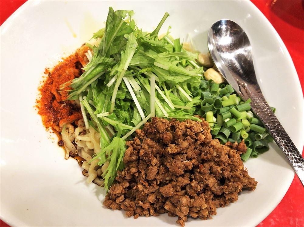 汁なし担々麺っぽい専門店 ラボラトリー「ラボタン(辛さ3、痺れ2)」