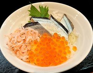 麺創 なな家「酢じめサンマの生姜醤油つけ麺」