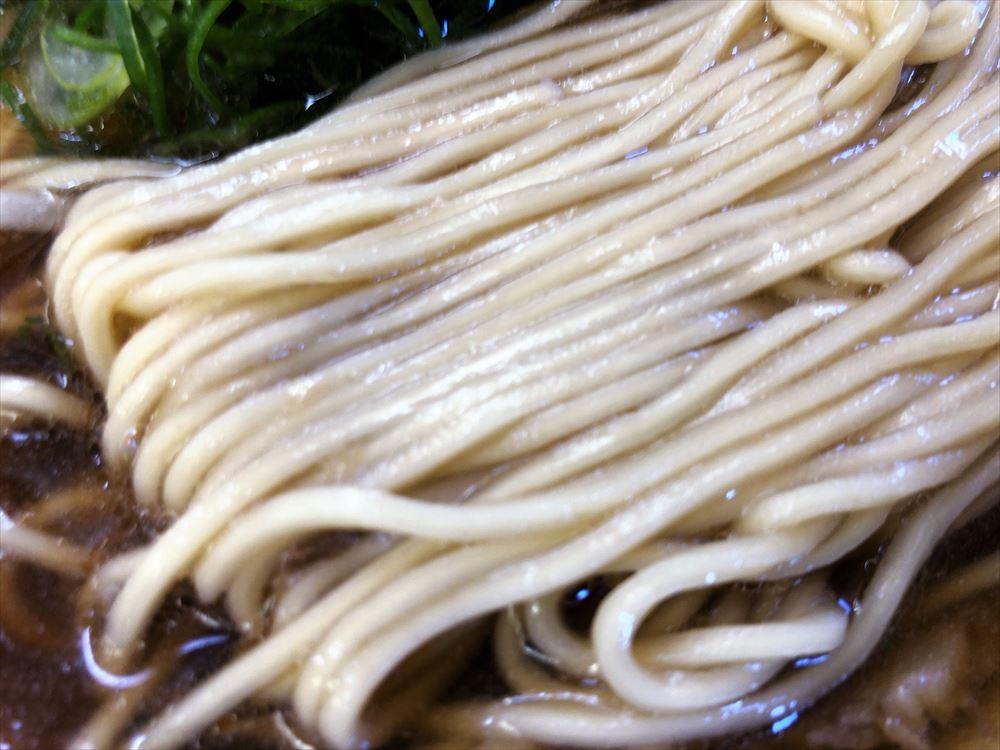 ラーメン 第二旭「ラーメン」の麺