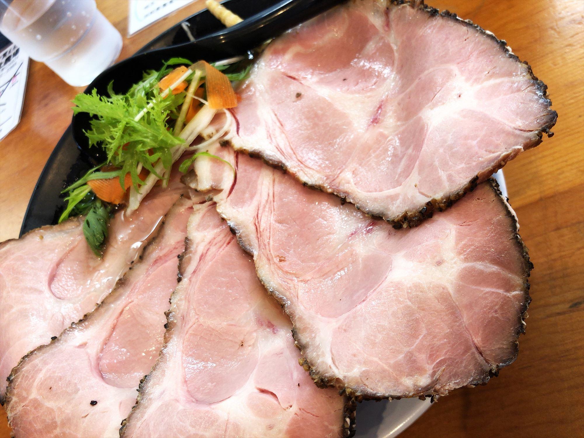 僕家のらーめん らくがき「豚うるわしチャーシュー麺」