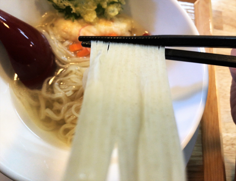 麦そば専門店 麦の上「麦そばの塩 天ぷら盛り」麺