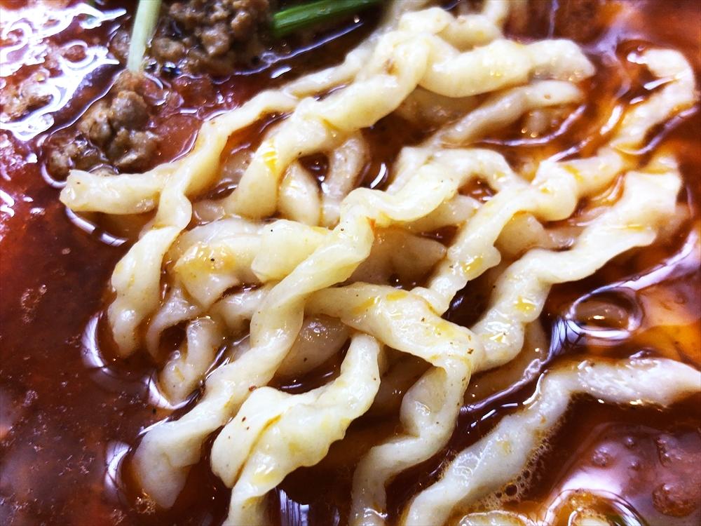 らーめん ヤマシロ「チリトマそば」麺
