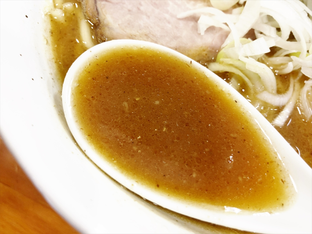 麺 まる井「らーめん」スープ