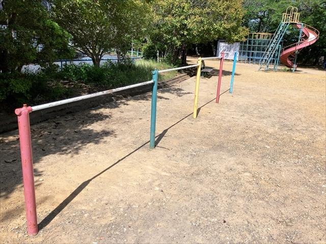 住吉公園「鉄棒」