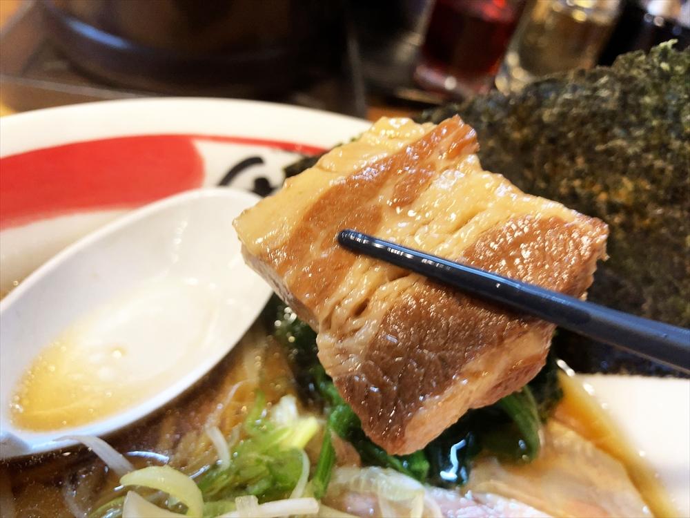 寿や「幸せいっぱいラーメン・醤油」角煮