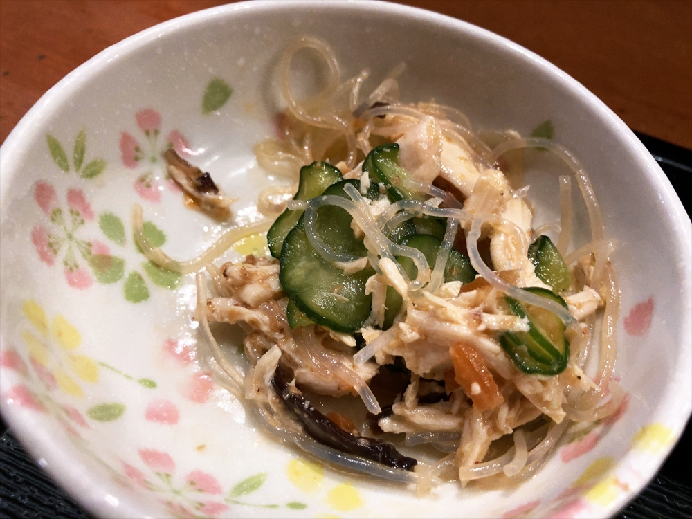 酒と肴と手打ち蕎麦 百里「かつを丼 そばセット」小鉢