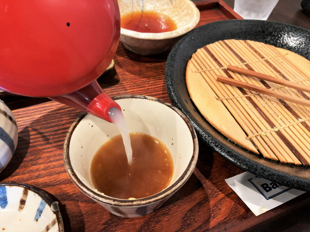 十割そば Basso 鍛治庵「十割そば 天ぷらセット(大盛)」蕎麦湯