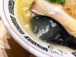 中華そば 楽描「浜北コーチン 中華そば しお」スープ6
