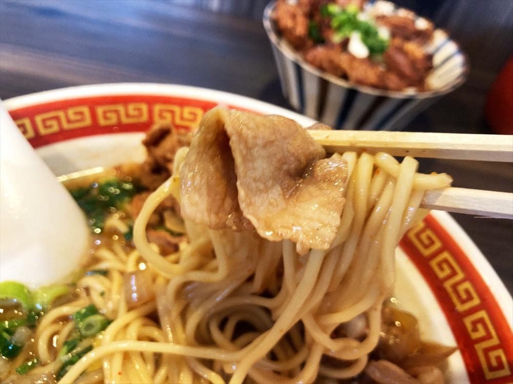 時代麺房 ライオン「徳島ラーメン」麺
