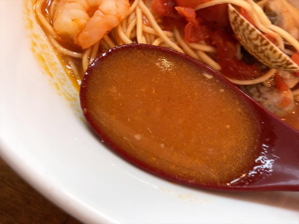 らぁ麺 十六「トマトらぁ麺」スープ
