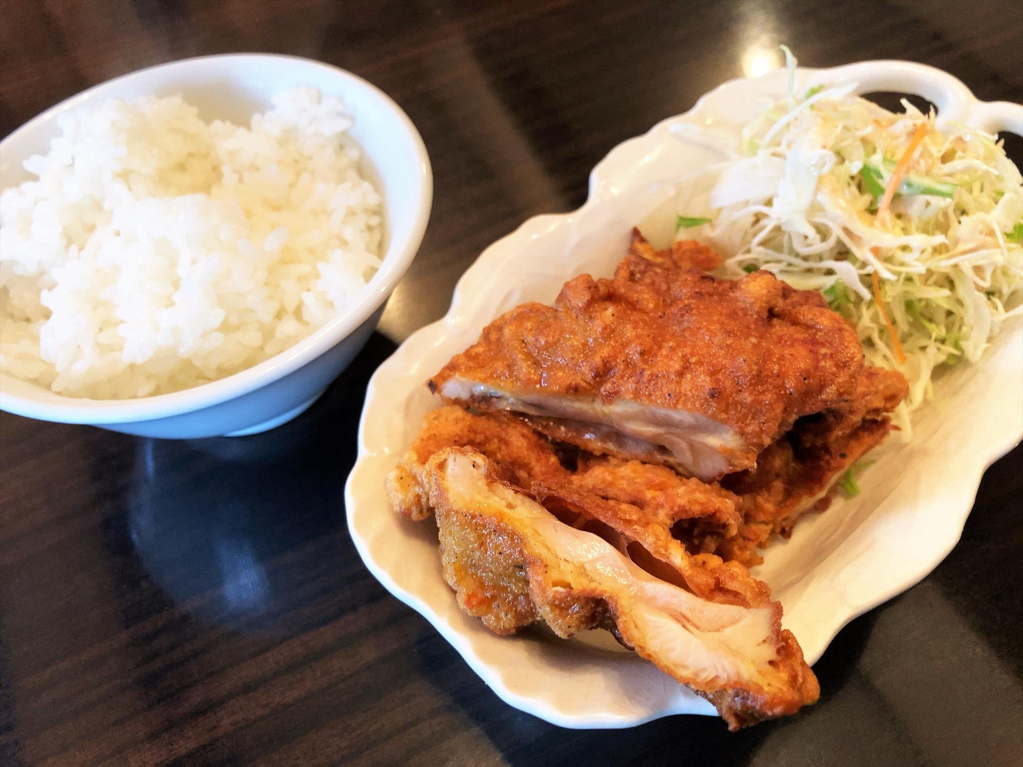 本場中国料理 999 小籠包「唐揚げ及びライス」