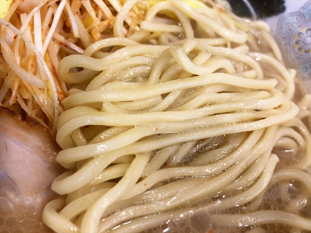 ラーメン 三太「塩ピリ辛ネギ(大盛)」麺
