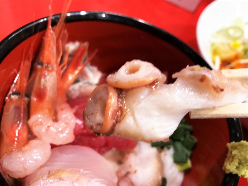 汁なし担々麺っぽい専門店 ラボラトリー「贅沢丼」タコ