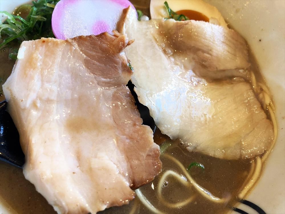 和歌山ラーメン 七星「煮干しとんこつ」チャーシュー