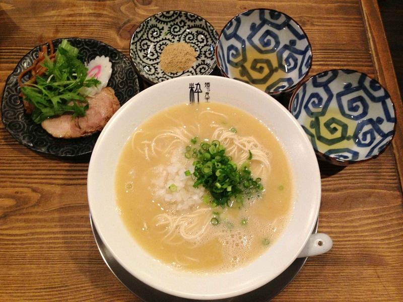 麺's食堂 粋蓮【鶏骨塩らぁ~麺】 @焼津市